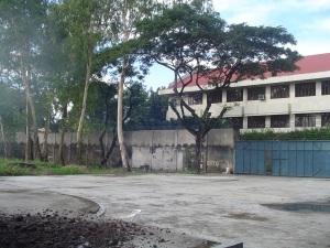Patio de recreo pavimentado de Bacolod. Año 2005.