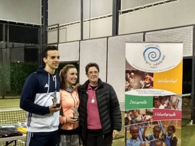 Ganadores del II Torneo Solidario de Pádel San Lorenzo del Escorial (Ma